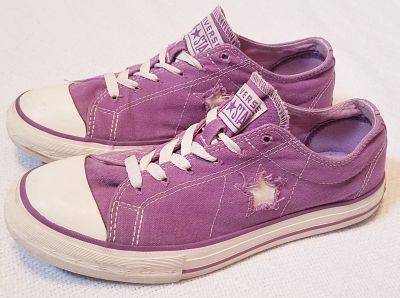 Converse one star women's size 8