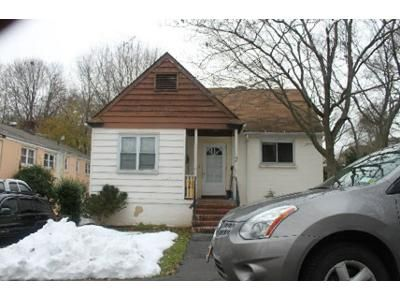 3 Bed 1 Bath Foreclosure Property in Suffern, NY 10901 - Highland Ave