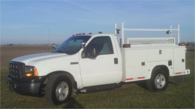 2006 Ford F-350 2WD Utility Service Bed