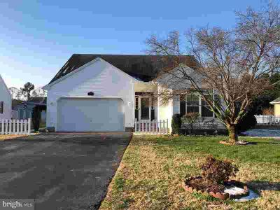 135 Meadow Dr Seaford Three BR, Welcome to Little Meadows - a