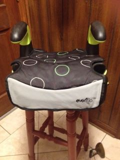 BOOSTER SEAT - EVENFLO TODDLER