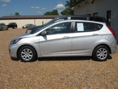2013 Hyundai Accent GS (SIL)