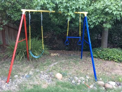 Swing set with one swing