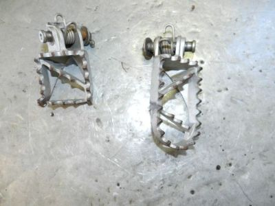Find 2005 KTM 300 MXC Foot Pegs Rests Footpeg w/ Hardware 250 SX EXC XC 125 200 380? motorcycle in Port Charlotte, Florida, United States, for US $12.28