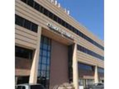 Colorado Springs, Newly constructed suite. Reception + One
