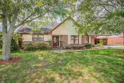 509 Meadowlawn Street LA PORTE, NO SHOWINGS JUNE