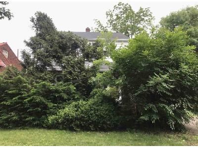 3 Bed 1.5 Bath Foreclosure Property in Cleveland, OH 44121 - Castleton Rd