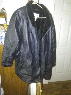 Womens leather coat size 30