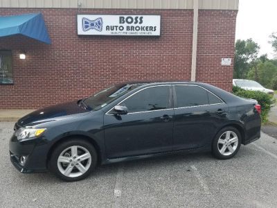 2014 Toyota Camry L (MAGNIFICENT GREY)