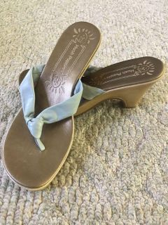 Hush Puppies Size 8 Wedge Sandals