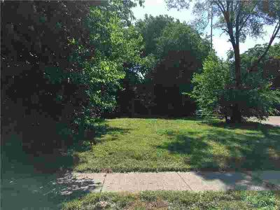 1513 Columbia Avenue Indianapolis, INVESTMENT OPPORTUNITY!