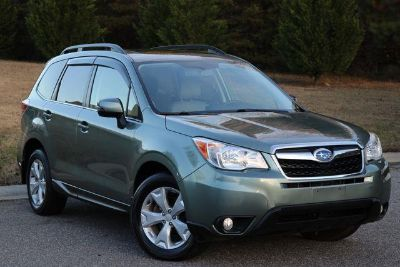 2014 Subaru Forester 2.5i Touring (Green)