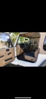Jeep Wrangler Sahara edition