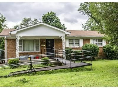 3 Bed 1 Bath Foreclosure Property in Louisville, KY 40216 - Sunflower Ave