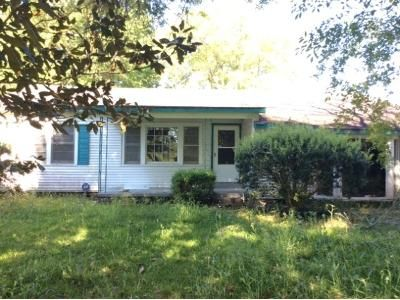 3 Bed 1 Bath Foreclosure Property in Melville, LA null - Fontenot St
