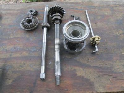 Find MERCRUISER ALPHA GEN 2 LOWER GEARS & SHAFTS & MORE USED motorcycle in Lillian, Alabama, United States, for US $149.00