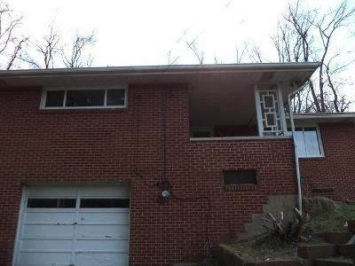 3 Bed 1 Bath Foreclosure Property in West Mifflin, PA 15122 - Bettis Rd