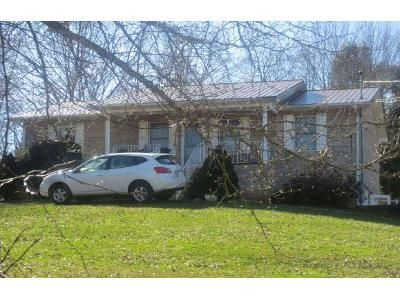 3 Bed 2 Bath Foreclosure Property in Rogersville, TN 37857 - Austin Dr