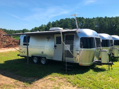 2013 Airstream FLYING CLOUD 25RBT