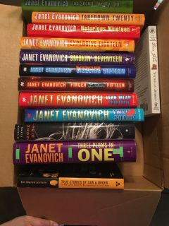 Janet Evanovich Stephanie Plum Books & others