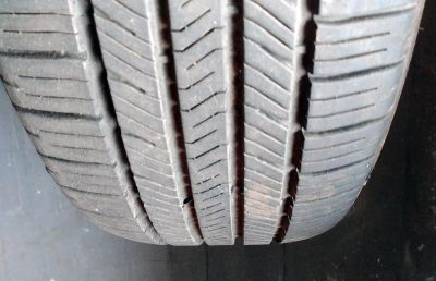 2 nearly brand new Eagle LS2 tires