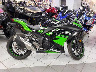 2017 Kawasaki Ninja 300 ABS KRT EDITION Sport Kaukauna, WI