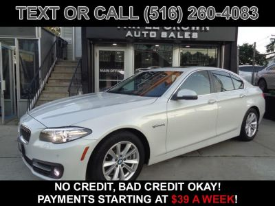 2015 BMW 5-Series 4dr Sdn 528i xDrive AWD (White)