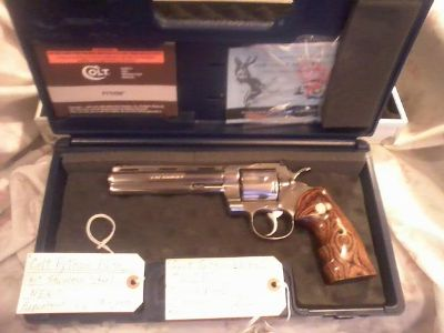 $4,150, COLT PYTHON ELITE, NEW, UNFIRED,  357 ,  6,  SS,  TWO PAIR OF CHECKERED WALNUT GRIPS,    EXTRAS