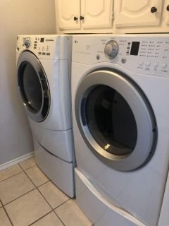 Washer and Dryer (gas dryer)