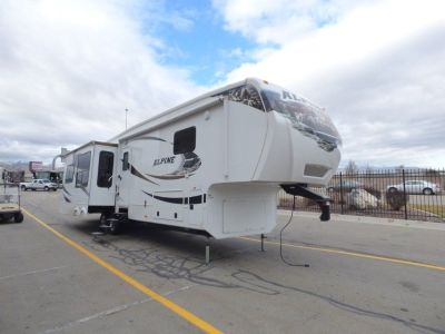 2011 Keystone RV Alpine 3640RL Fifth Wheel