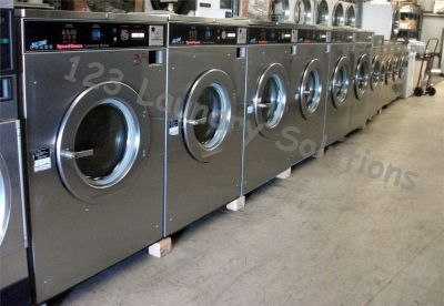 Coin Operated Speed Queen Front Load Washer 50Lb 208-240V 60Hz 3Ph SC50MD2 Used