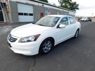2012 Honda Accord SE (Taffeta White)