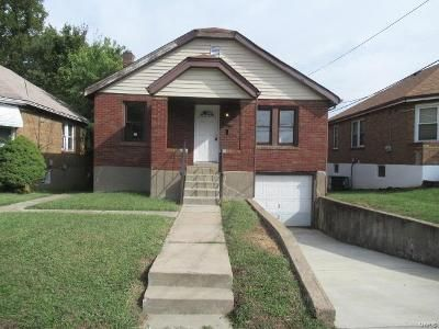 1 Bed 2 Bath Foreclosure Property in Saint Louis, MO 63133 - 70th St