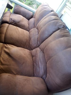 40 or B.O recliner couch