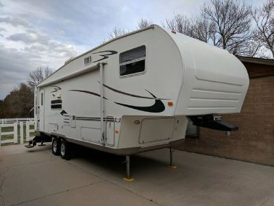 By Owner! 2005 30ft. Flagstaff Forest River w/slide