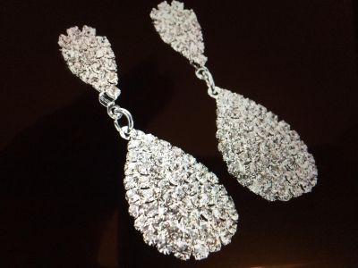 LADIES FASHION WATER DROP VINTAGE STYLE CRYSTAL RHINESTONE DANGLE EARRINGS NEW VALENTINES 1 available