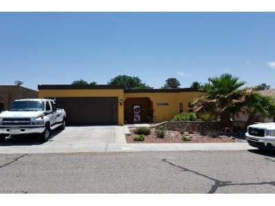 3 Bed 2.0 Bath Preforeclosure Property in Las Cruces, NM 88001 - Bentley Dr