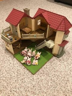 Calico Critters Townhome with furniture & 8 Rabbit Figures
