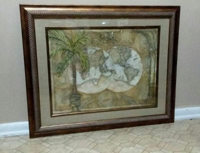 (LARGE) WORLD MAP WALL DECOR.....NEW CONDITION
