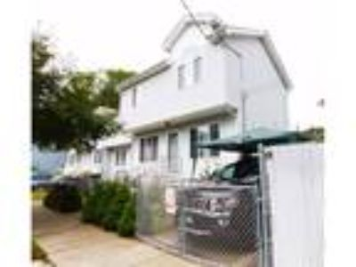 Stapleton Real Estate For Sale - Three BR, Two BA Single family