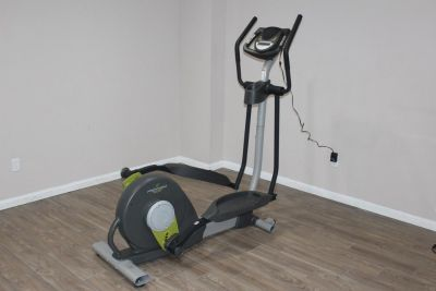 Proform Spacesaver 500 Elliptical machine