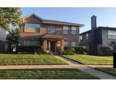 3 Bed 2.5 Bath Preforeclosure Property in Cedar Hill, TX 75104 - Hunter St