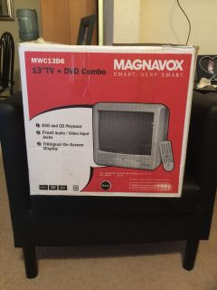 13 tv with built in DVD player Brand new
