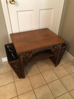 ANTIQUE WOOD END TABLE W/ MAGAZINE HOLDERS ON SIDE ORNATE NICE