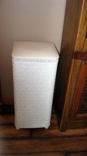 Nice White Wicker Hamper with padded top