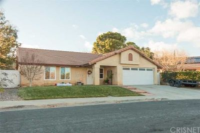 40749 Via Sun Palmdale Three BR, This affordable single story