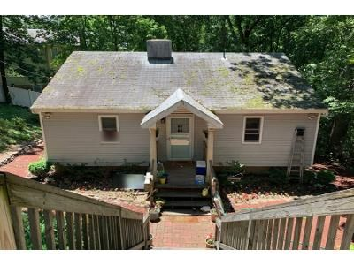 Preforeclosure Property in East Northport, NY 11731 - Spruce Dr