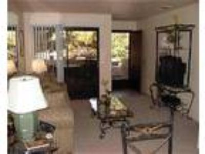 Fully Furnished Palm Springs Villas 2 Condo Rentals - Condo