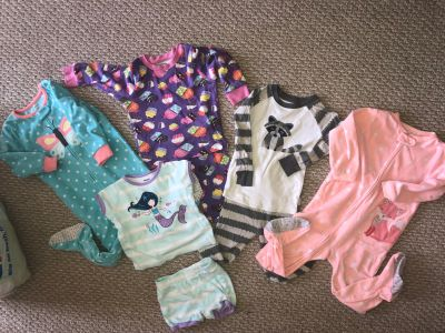 Girls 2T clothes