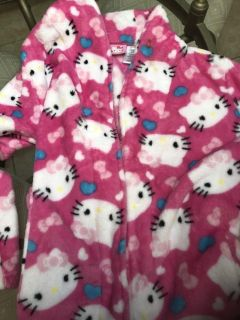 Hello Kitty soft flannel girl s robe with belt. 10/12. Like new.